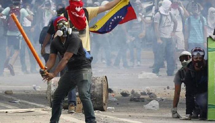 Oposición violenta
