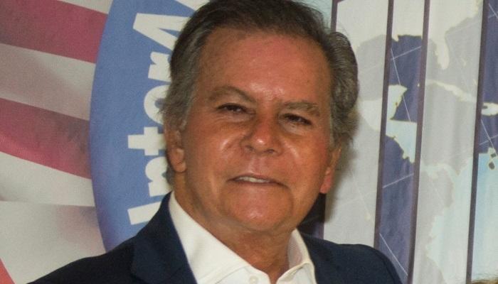 Diego Arria le lanza Luis Almagro