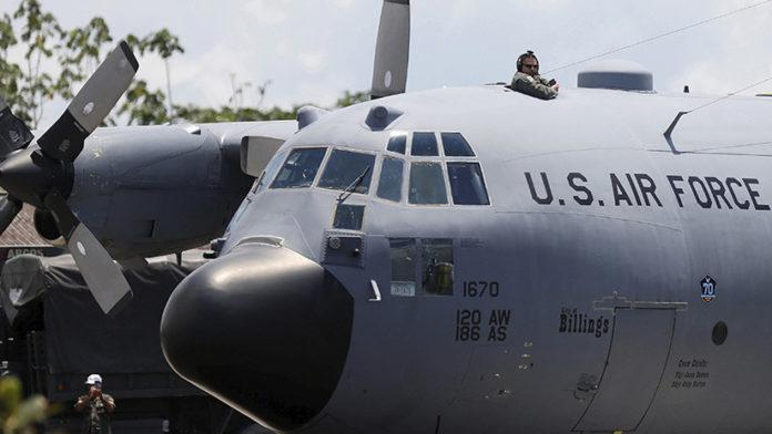 Estados Unidos - Aviones invasión
