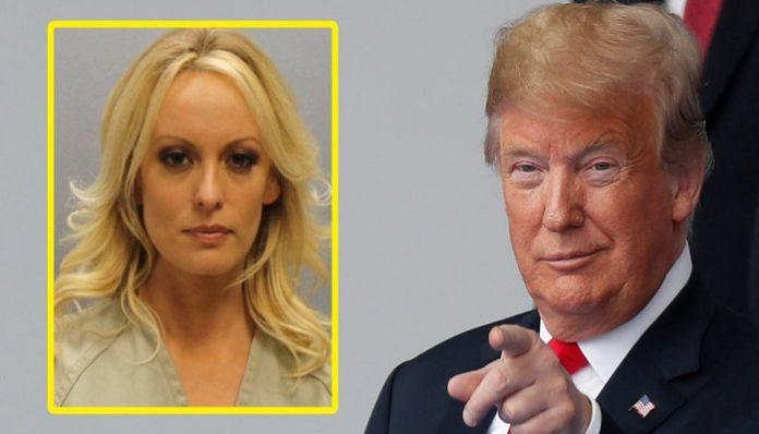 Actriz Porno - Donald Trump