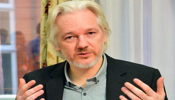 Julian Assange - Lenin-Moreno
