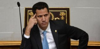 Juan Guaidó emabrrado