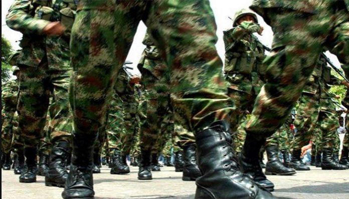 Militares desertores - Gaby Arellano