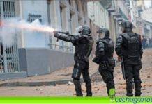 policia Ecuador saquea