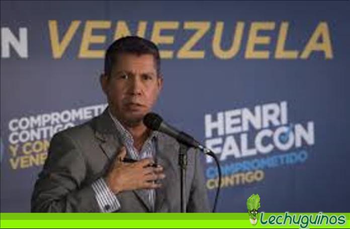 """Henri Falcón llamó fracasado a Leopoldo López y calificó la """"consulta popular"""" como pura paja"""