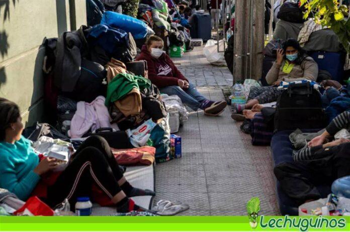 Canciller de Chile confesó que seguirán deportando venezolanos
