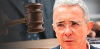 EEUU sospecha que Uribe tiene vínculos con paramilitares
