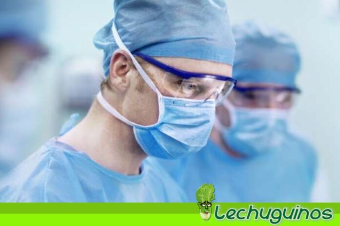 médicos muertes covid