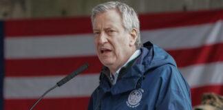 Alcalde de Nueva York amenaza a Trump de llevarlo a juicio