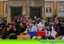 Colombianos protestas contra masacres y abusos policiales