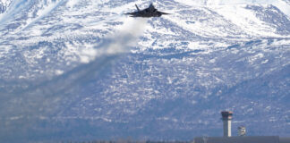 EEUU despliega cientos de aviones bombarderos en frontera con Rusia