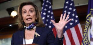 Pelosi exige investigar histerectomías forzadas a migrantes en EEUU