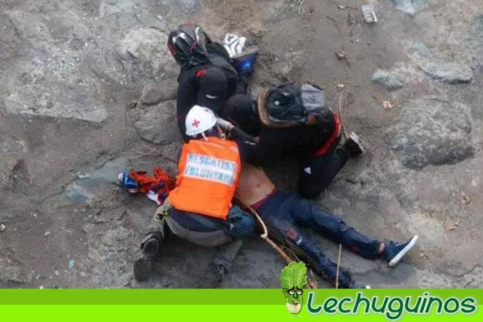 ¡PIÑERA SE HACE EL LOCO! ONU pide indagar caso de joven lanzado a un río por carabinero chileno