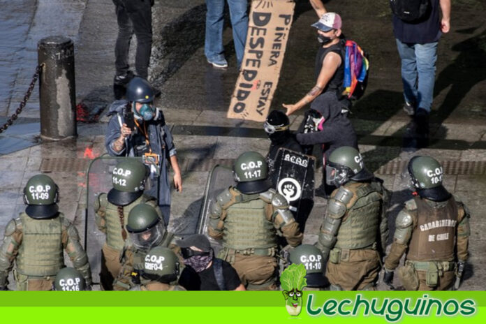 Cientos de manifestantes piden en Chile la renuncia de Piñera