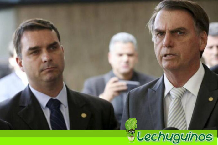 Imputan por casos de corrupción al hijo mayor de Bolsonaro