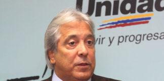 Ex secretario de la MUD critica postura desquiciada de Guaidó de mantener falsa AN