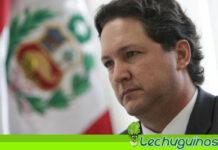 Candidato derechista a la presidencia de Perú Daniel Salaverry calificó de enfermos a migrantes venezolanos.
