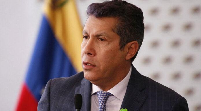 Henri Falcón anuncia su candidatura a la gobernación de Lara