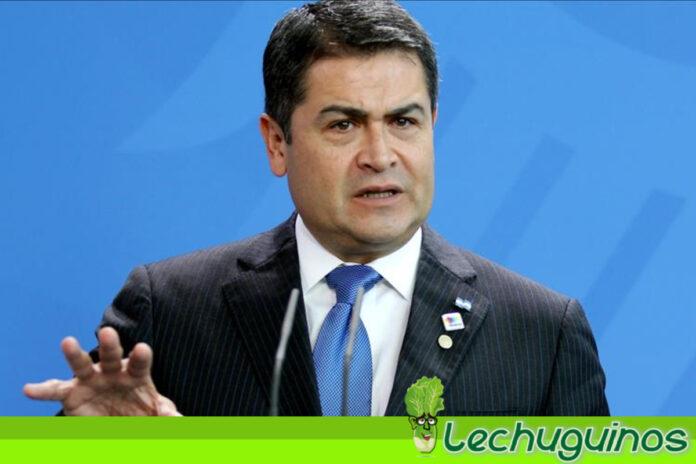 Presidente de Honduras Juan Orlando Hernández ayudó a traficar toneladas de cocaína hacia EEUU recibia