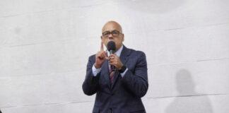Jorge Rodríguez: Oposición tiene dos opciones, la Constitución o el abismo
