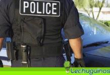Policía de EEUU patea en cara a una mujer afrodescendiente que estaba esposada