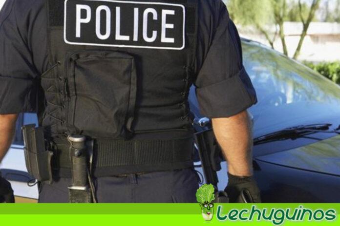 Policía de EEUU mató a afroamericano al confundir teléfono con arma