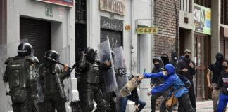 Amnistía urge a EEUU fin de venta de armas al Gobierno de Colombia