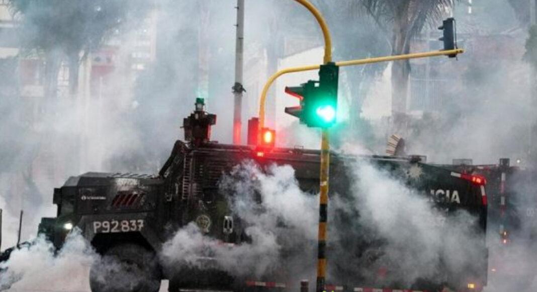 Uribismo propone retirar publicidad oficial a medios de comunicación que hablen sobre la protestas