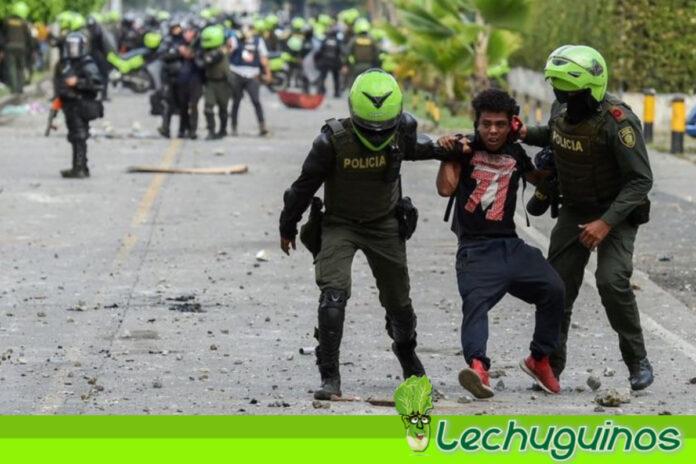 HRW condena los _gravísimos abusos_ de la policía contra los manifestantes