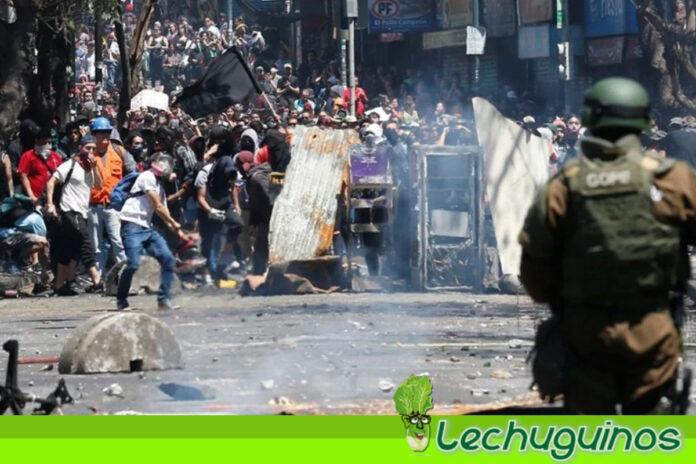 Fuertes protestas en Valparaíso en medio de discurso de Sebastián Piñera