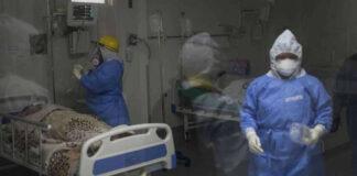 Envían morgues portátiles a Florida por récord de muertes diarias por Covid-19